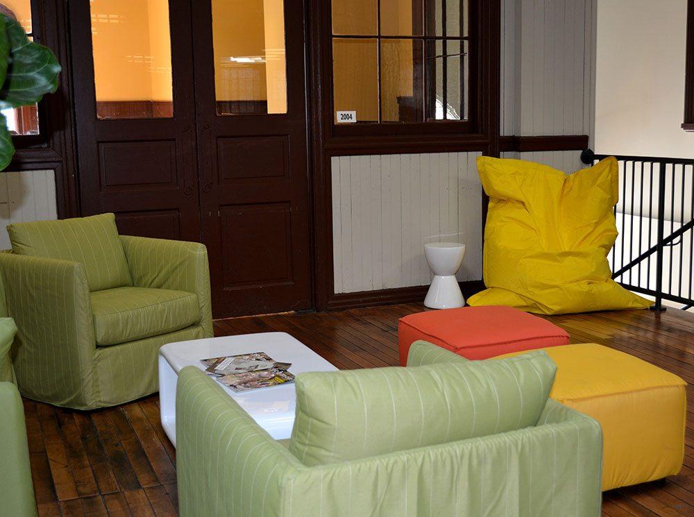 room-setting-2