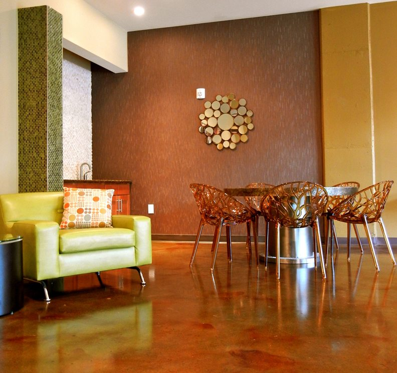 chairs-and-table-in-lobby