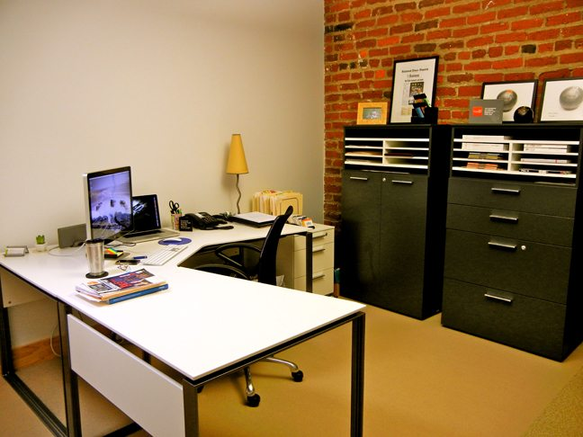 desk-and-desk-chair