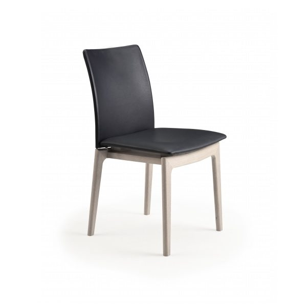 SM63 Dining Chair