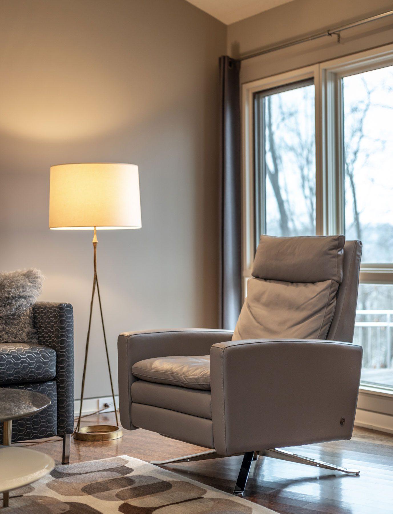 Richmond Riverside Drive Home Chair